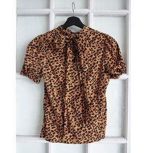 Leopard party!! 2x1 Blouses
